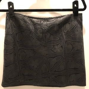 Beautiful Alice and olivia laser cut leather skirt